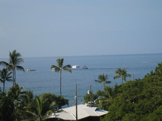Enjoy the view of the Kailua-Kona bay right from the lanai