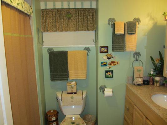 Kailua village lanai view condo interior photos for Village bathroom photos